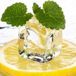 Лимон со льдом при похмелье
